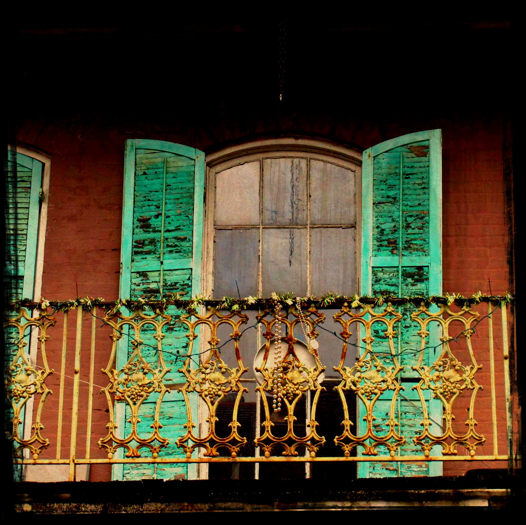 Teal Shutters: Tarot Cards In New Orleans